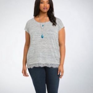 Torrid Lace Trim Tee - Gray White Short Sleeve